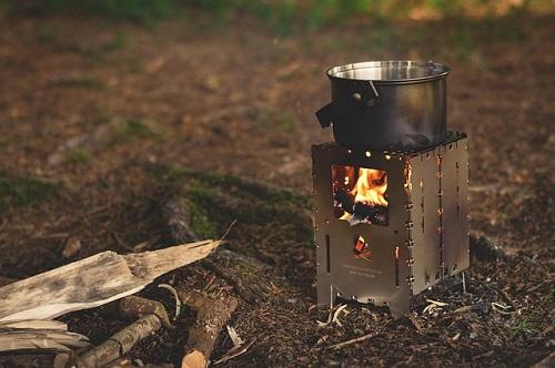 ユニクロ暖パンでキャンプ