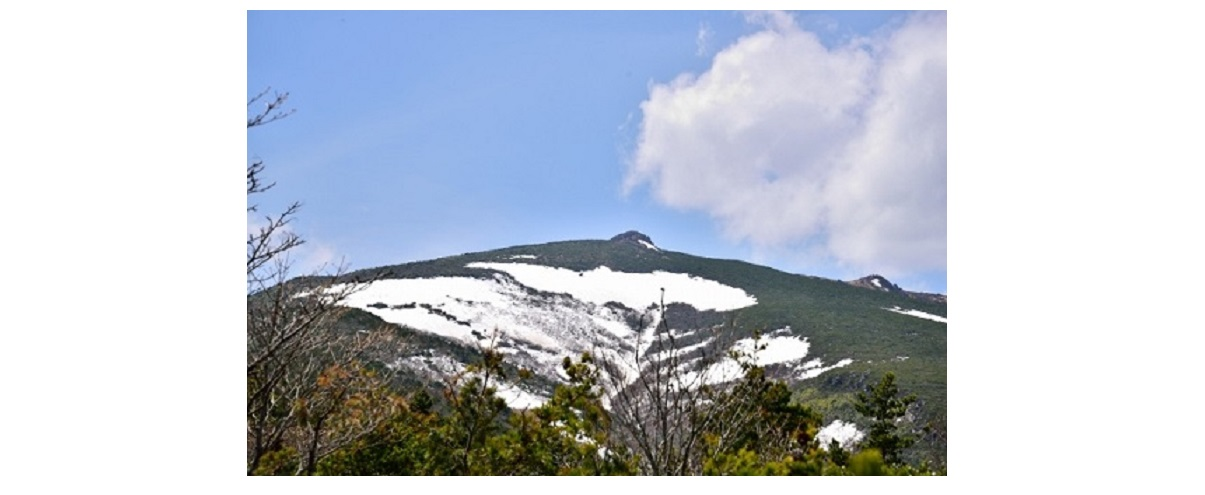 安達太良山の山頂付近