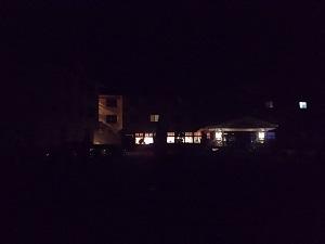 夜の野地温泉ホテル