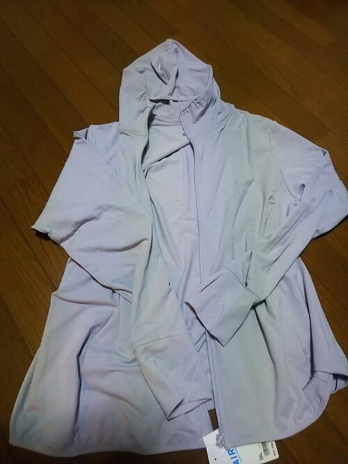登山服装ユニクロ エアリズムUVカットメッシュパーカ  全体