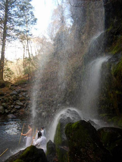 金時山 夕日の滝