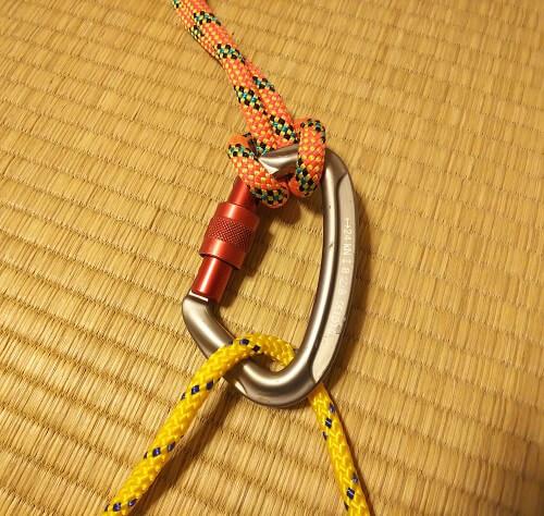 ロープワーク登山初心者 カラビナとロープ