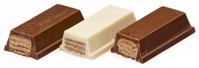登山のおやつ チョコお菓子キットカットが3つ