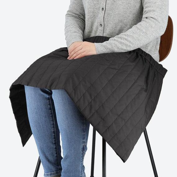 ユニクロ 防風ウォームイージーラップミニスカート レディース 膝掛けにも使える