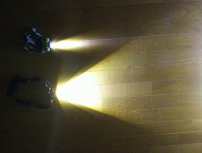 登山ライトメーカー レッドレンザーのヘッドライト MH10 600ルーメンの光量比較 45ルーメンライトと