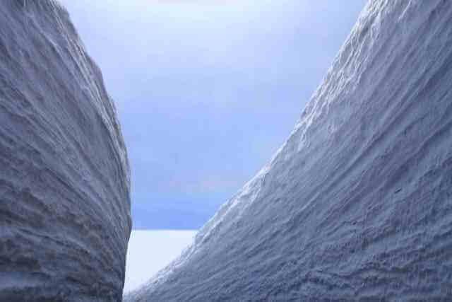 立山 雪の回廊