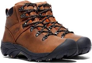 登山靴の革製 キーンのピレニーズ _