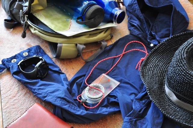 登山パッキング前の道具たち