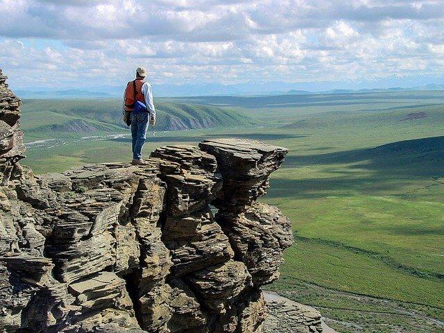 登山ウェアの選び方を夏のバージョンにして登山をしている